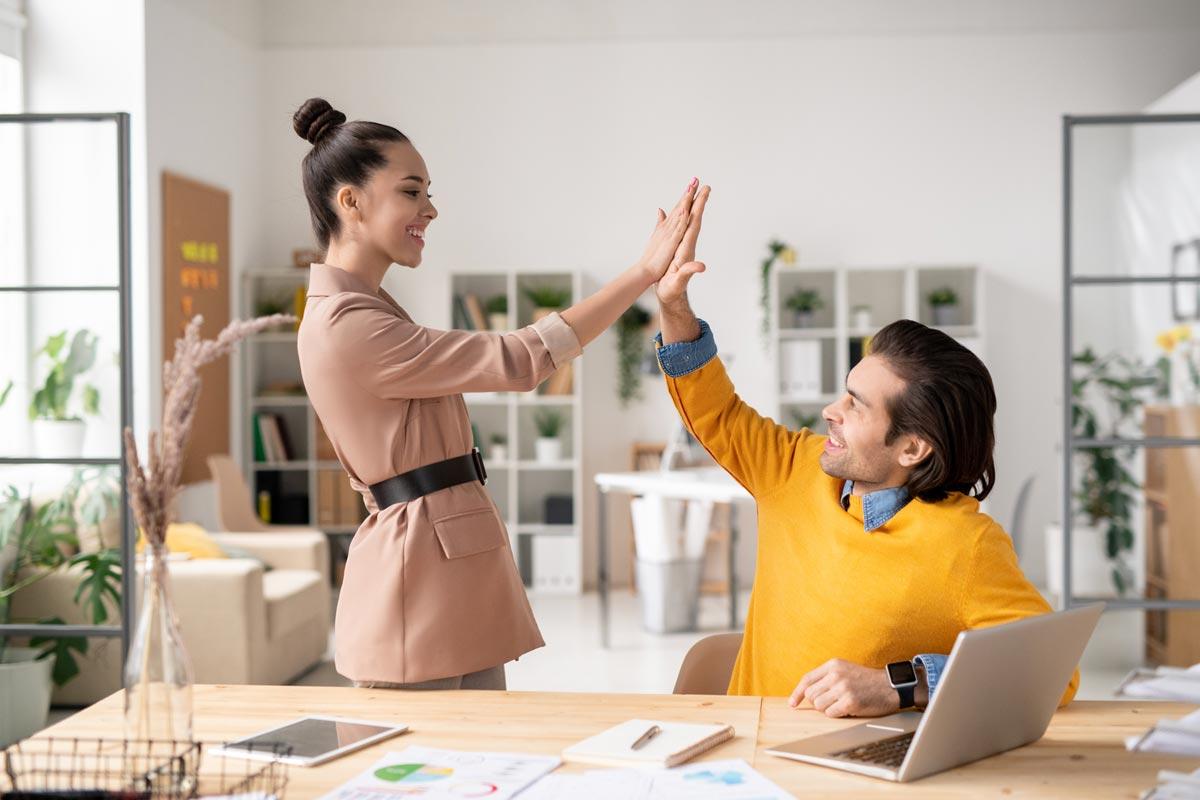 pensamiento positivo en el trabajo optimismo viral